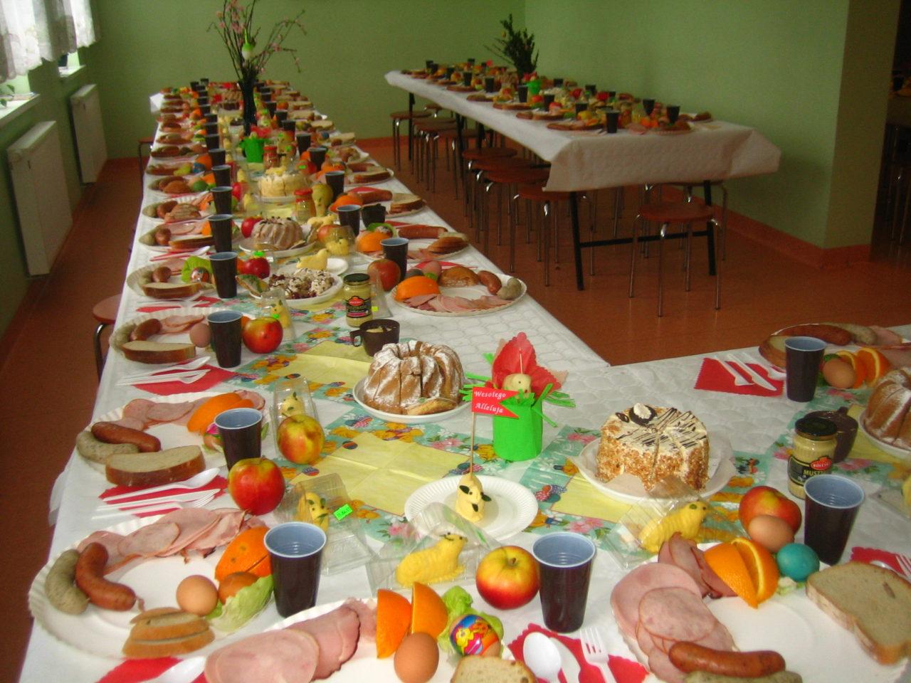 Gniezno Zaproszenie Na śniadanie Wielkanocne Caritas Polska