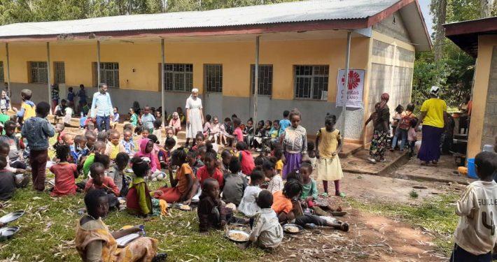 Przekaż darowiznę i wesprzyj akcję dożywiania dzieci w Kithatu!